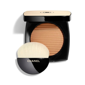 Chanel Les Beiges Healthy Glow Luminous Colour Bronzer Odcień Medium Deep 12 g