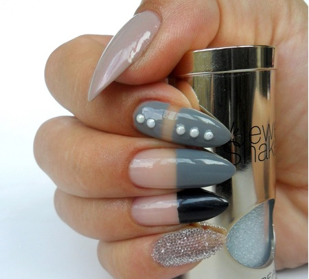 L'oreal Le Jewel Shaker odcień Crystal Diamenciki do zdobienia paznokci 7 g  (2)